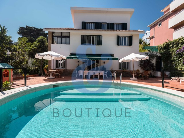 House 7 Bedrooms › Cascais e Estoril