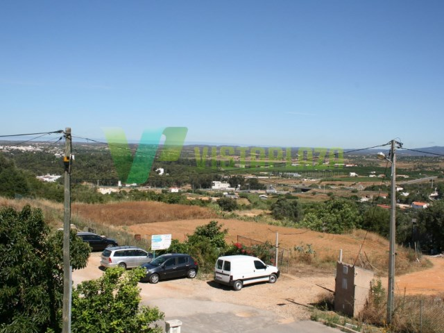Villa M5 Sesmarias, in good condition, with vista and camp Sierra, terrace, garage and warehouse with an area of 400 m²