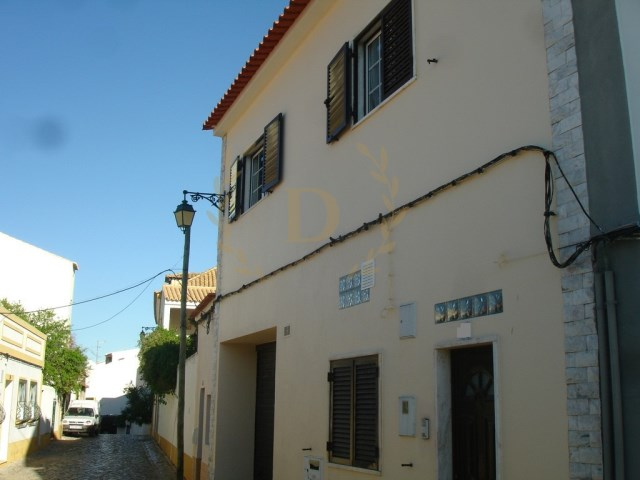 House › Lagoa (Algarve) | 3 Bedrooms + 2 Interior Bedrooms | 4WC