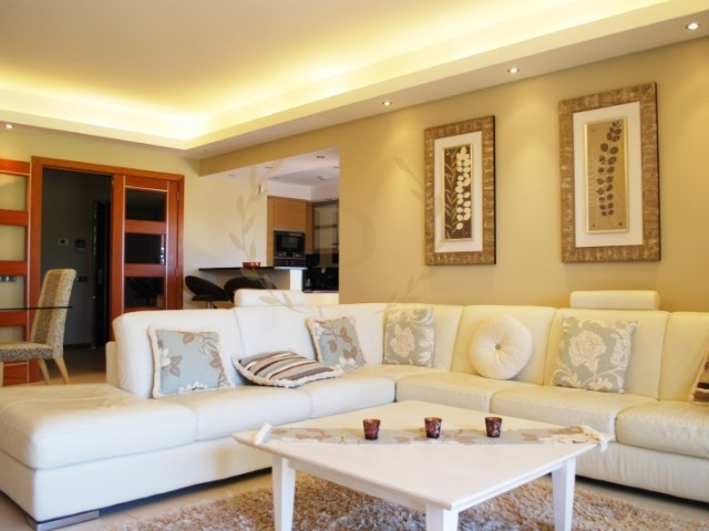 Fantastic villa with luxury finishes, located in an excellent golf course | 3 Bedrooms