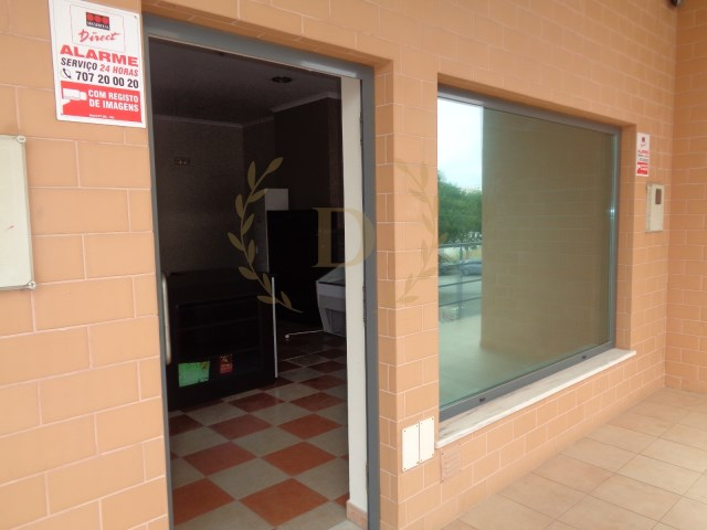 Excellent shop for sale in good location-great opportunity |