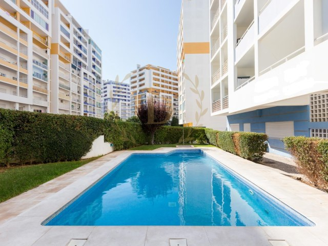 1 bedroom apartment for sale in Alto do Quintão, pool, furnished and equipped | 1 Bedroom | 1WC
