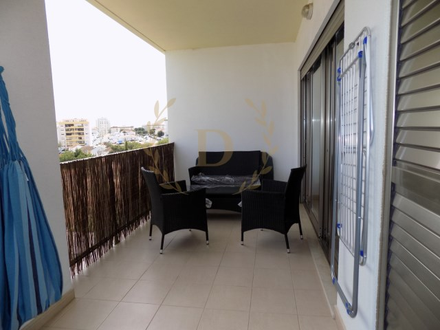 Excellent oportunity, in urb. Gardens of amparo, close to Praia da Rocha, with garage space. | 1 Bedroom | 1WC