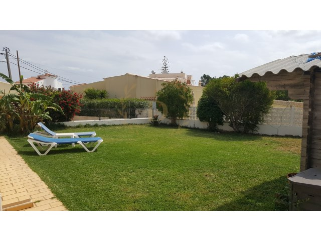 Detached single storey with 3 bedrooms detached villa in carvoeiro | 3 Bedrooms | 4WC