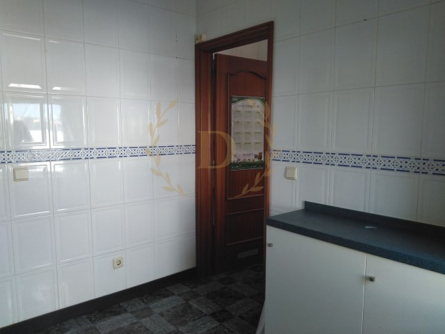 T2 Serzedo with closed garage | 2 Bedrooms | 2WC
