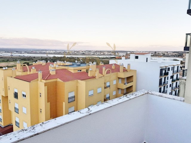 Chance T2 first line Praia da Rocha-Refurbished and furnished | 2 Bedrooms | 1WC