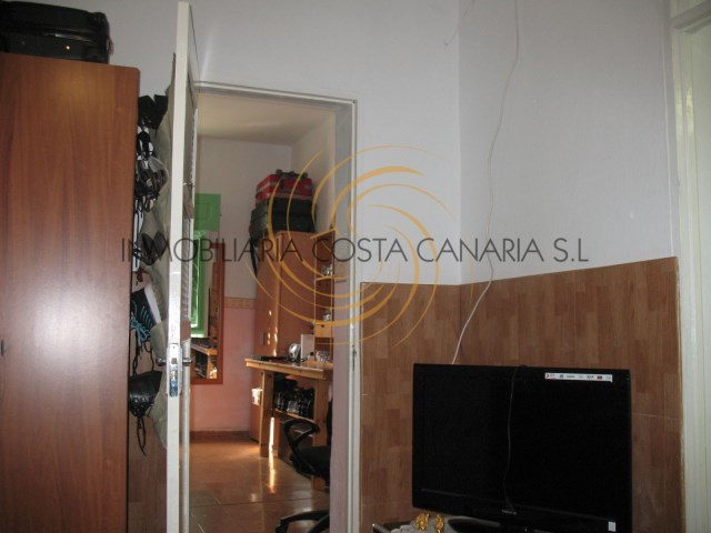 Terraced House › Santa Lucía de Tirajana | 10 Bedrooms | 3WC