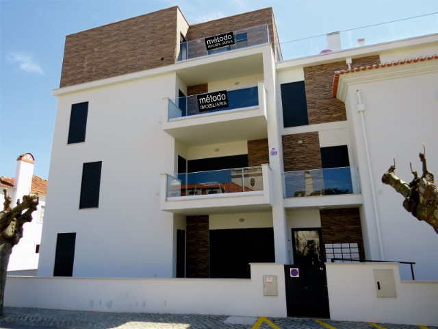 Apartment T2 new, with modern finishes, 4 minutes walk from the beach of Saint Martin.