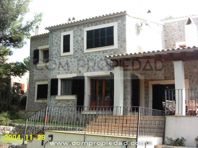 Villa 5 Bedrooms › Valldemossa