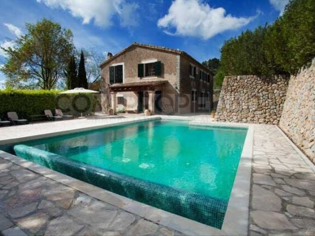 Country Home 4 Bedrooms + 2 Interior Bedrooms › Esporles