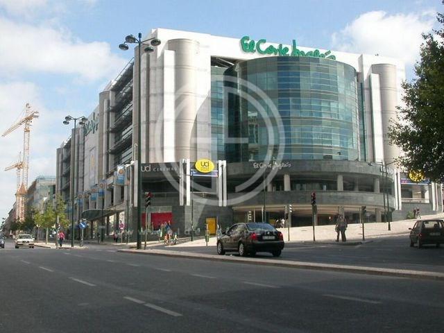 68ee0475c05c Apartamento T4 em Lisboa - Golden Algarve Properties - GA-8885.4