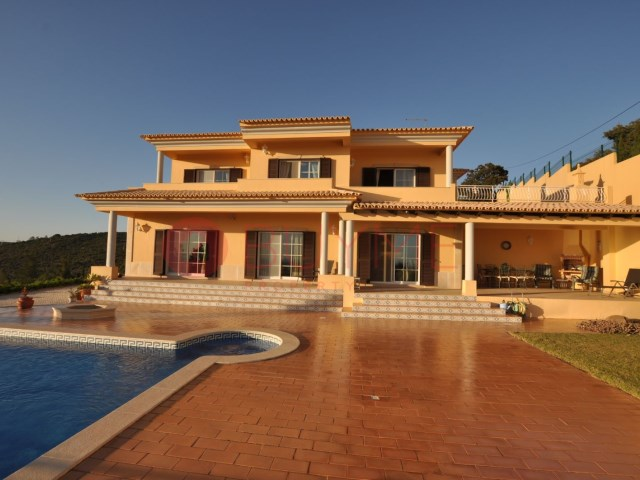 3 bedroom villa with great views, BUYME Property