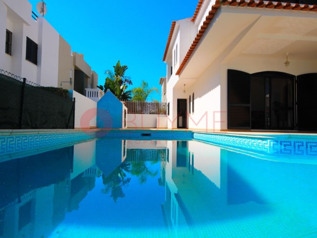 Villa-3 Rooms-Vilamoura-Beach-Golf-Buyme Property