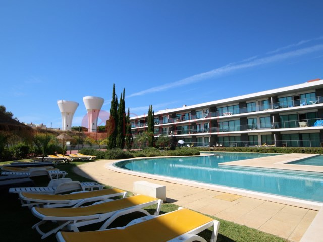 Apartment-1 Room-Pool-Vilamoura-Beach-Buyme Property