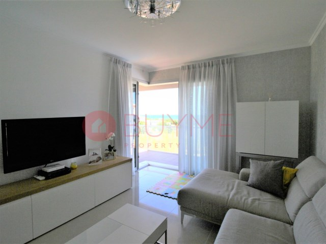 Flat-sale-3-Rooms-Condominio-pool-Beach-garage-buyme-Property