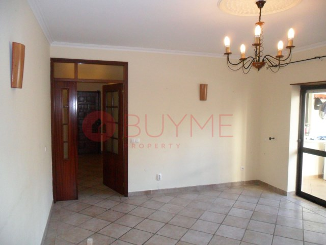 flat-sale-quarteira-buyme-property