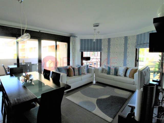 Excellent 2 bedroom apartment in private condominium of Vilamoura