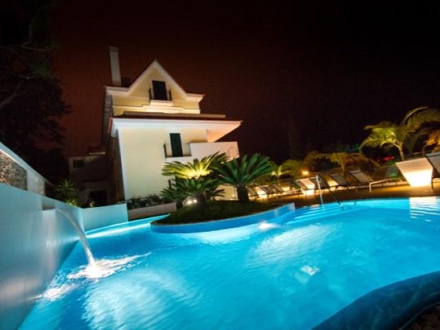 Schöne 2 Schlafzimmer mit Pool in der Nähe von Luxus Zentrum von ...
