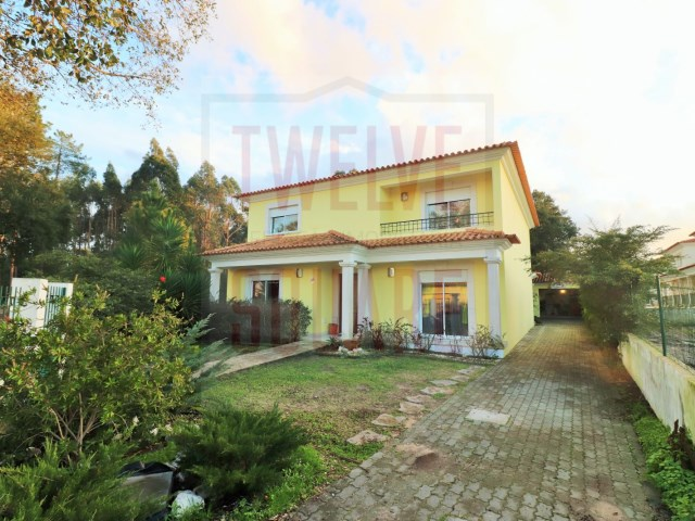 House › Leiria | 5 Bedrooms | 3WC