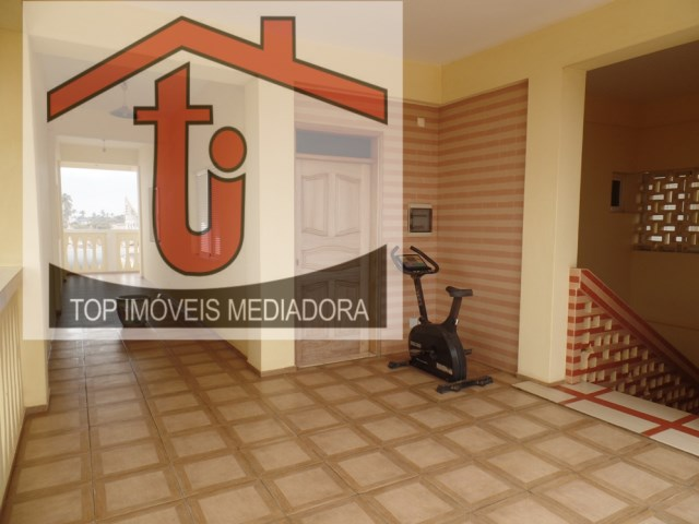House 6 Bedrooms › Cacuaco