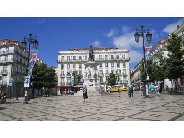 2 bedroom apartment in Chiado in Lisbon for sale