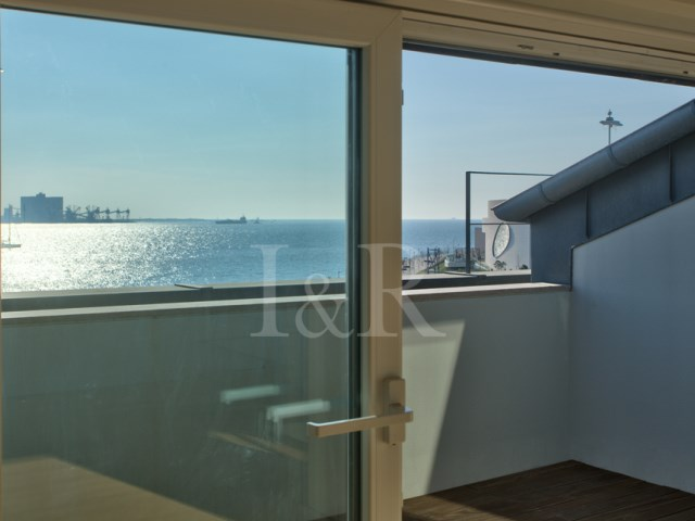 4 BEDROOM+1 APARTMENT IN BELÉM, LISBON WITH RIVER VIEW | 4 Bedrooms + 1 Interior Bedroom | 3WC