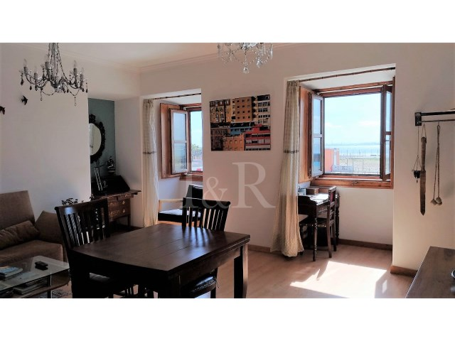 1 BEDROOM APARTMENT WITH RIVER VIEW IN ALFAMA, LISBON | 1 Bedroom | 1WC