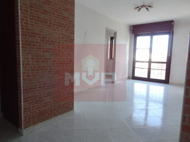 Apartment T4 with 100% Financing in Olhao-room