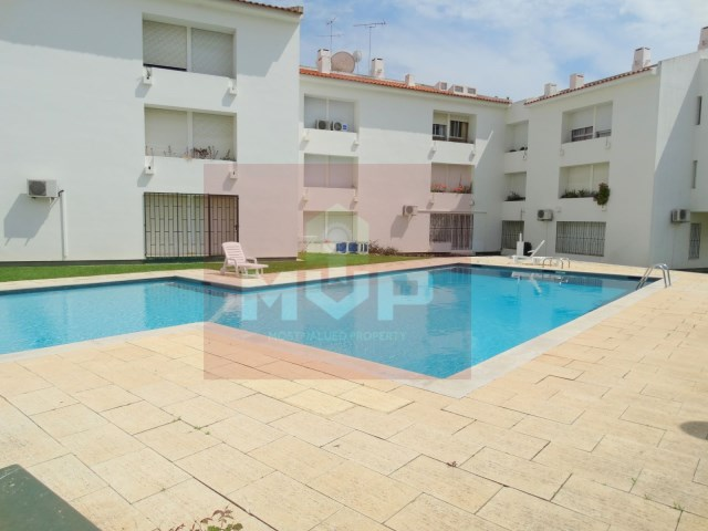 Apartment T2-outdoor swimming pool