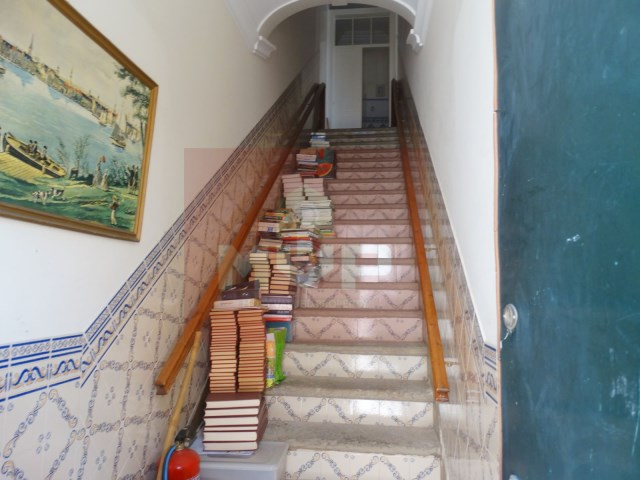 Residences in the historic district of Loulé-access to 1st floor