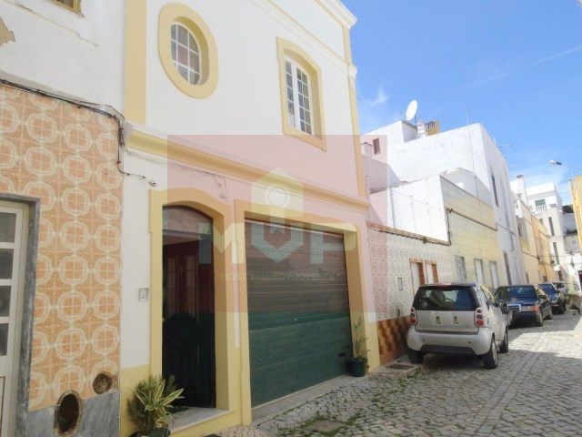 2 bedroom townhouse in Olhao-+1 facade