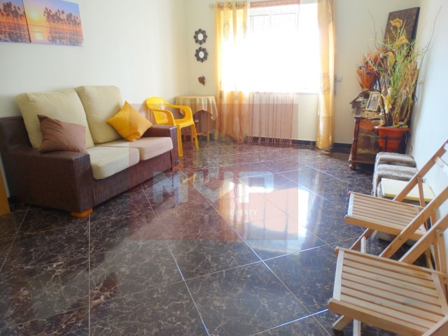 2 bedroom apartment with parking in Fuseta-room