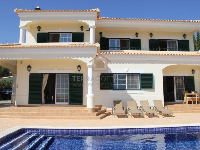 Sea Views Villa for Sale in Almancil, Central Algarve - Terracottage