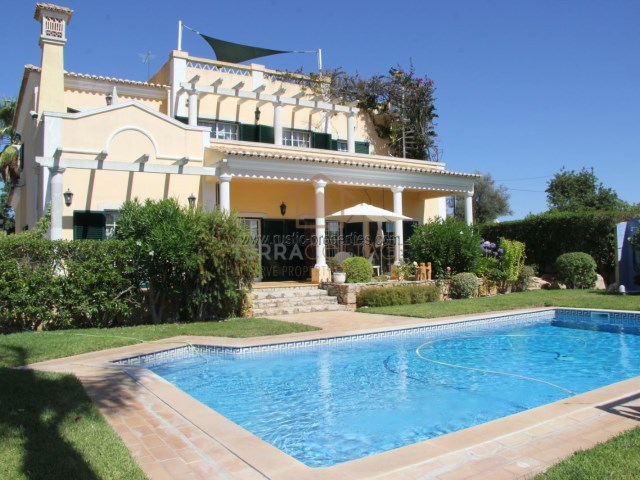 Villa in Central Algarve, near Loule - Terracottage