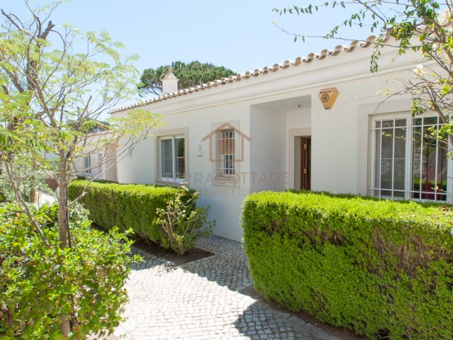 TOWNHOUSE IN QUINTA SALINAS