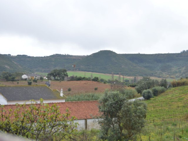 4 Bed Villa in Cadaval - mountains view.JPG