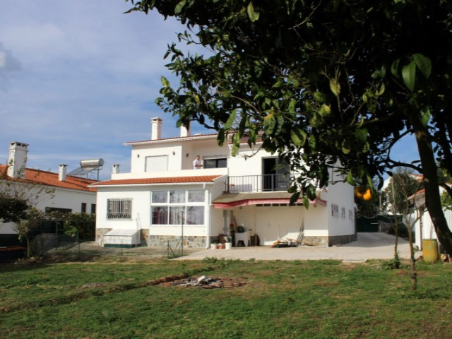House 5 Bedrooms › Gaeiras
