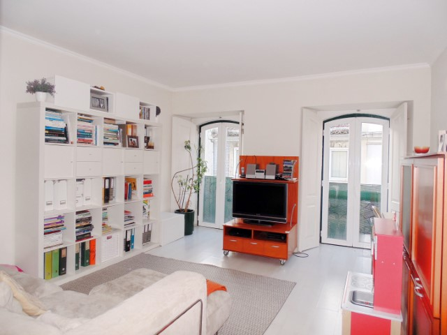 Lisbon Principe Real apartment (2)