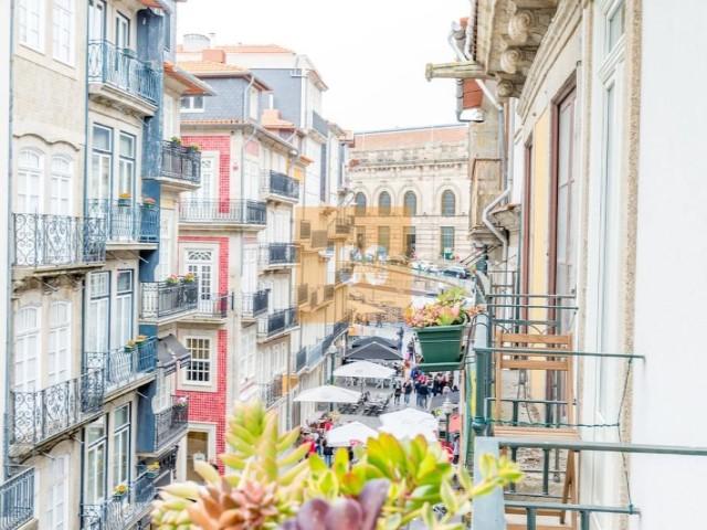 d86330b10 T2 Duplex novo na Rua das Flores Porto › Cedofeita, Santo Ildefonso, Sé,  Miragaia, São Nicolau e Vitória