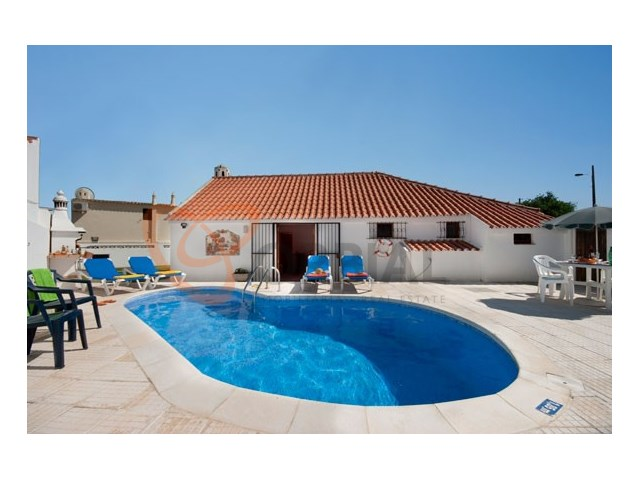 House for sale Albufeira center