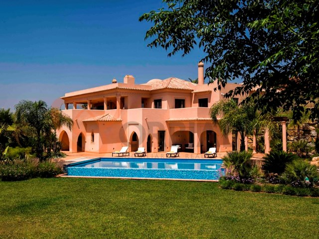 4 bedroom villa for sale in Silves