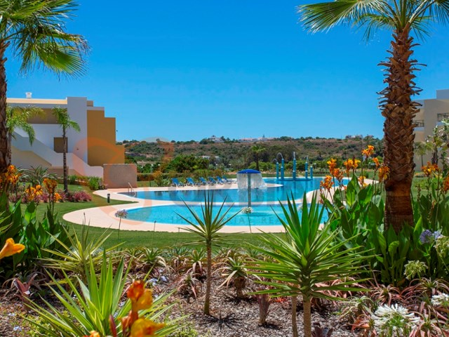 3 bedroom apartment for sale in New private condominium in Marina de Albufeira-gardens of Marina Residence