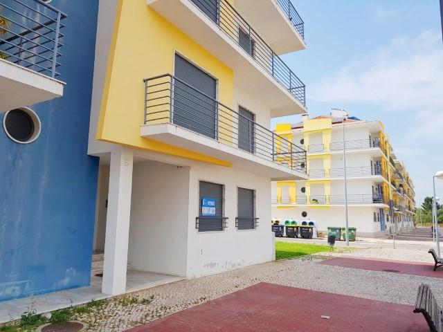 53de7cd010fc Apartamento T2 no Pinhal Novo - Excelente localização