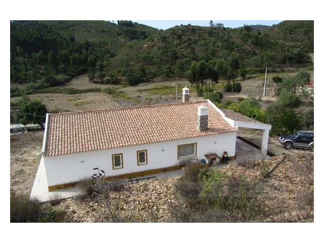 Country house for sale, S.B. Messines, Algarve, Portugal | 3 Bedrooms | 2WC