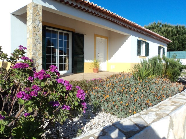Villa with pool in Aljezur | 3 Zimmer | 2WC