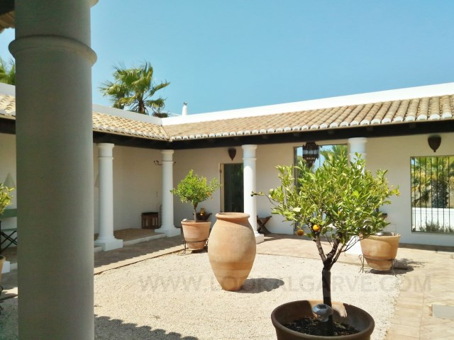 Wonderful House with Pool -Burgau | 2 Bedrooms | 2WC