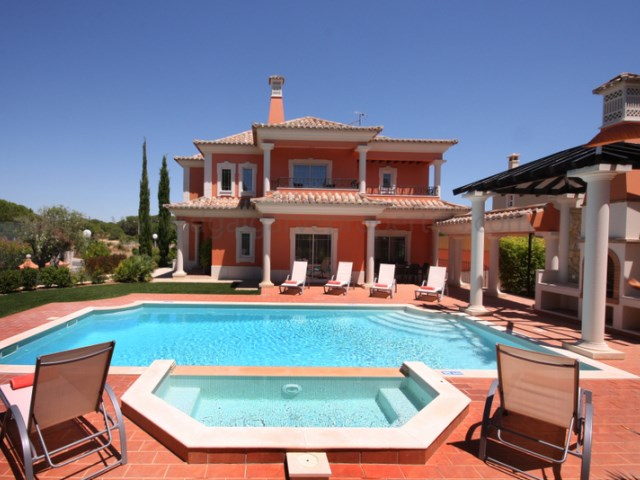 Villa-goldentriangle- 5bedrooms-algarve