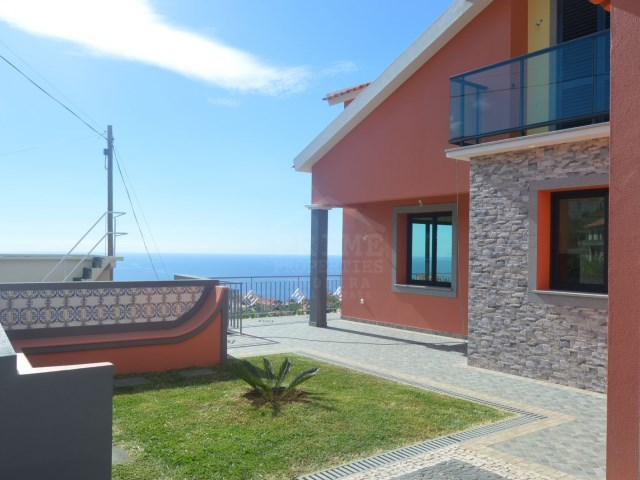House for Sale in Ponta do Sol Madiera Prime Properties Madeira Real Estate (1)