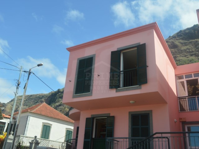For Sale One bedroom JArdim do Mar Prime Properties Madeira Real Estate (2).JPG