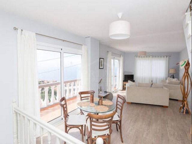 casa para venda na calheta property homes for sale. Black Bedroom Furniture Sets. Home Design Ideas